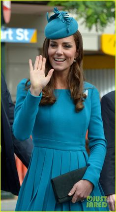 Kate Middleton's Matching Dress & Hat is One of Her Best Looks! | kate middleton matching dress