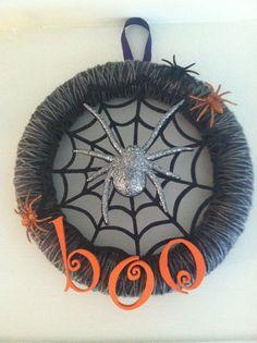 DIY Halloween Wreaths   DIY Halloween Spider Wreath   Holidays