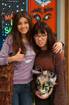 Victoria Justice And Jennet