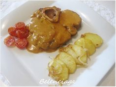 El ossobuco es un filete cortado de morcillo con hueso incluido. Significa hueso hueco y es un plato de origen italiano. El morcillo, chamón, jarrete, zancarrón son nombres distintos para las mismas piezas. Los mejores ossobuco son los del morcillo trasero...