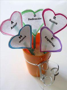 """Une fleur et un petit mot gentil pour chaque lettre du mot """"MAMAN"""""""
