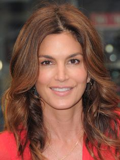 Cindy Crawford, Christie Brinkley, and Carolyn Murphy share their tips for looking gorgeous—and feeling great—after Beauty Secrets, Beauty Hacks, Beauty Tips, Vitamins For Women, Hair Vitamins, Thing 1, Daily Beauty, Cindy Crawford, Aging Gracefully