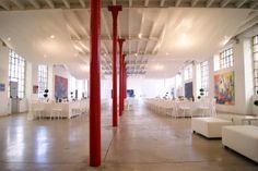 Il tuo matrimonio ha 300 invitati?! E desideri che siano tutti nella stessa sala? Fabbrica Borroni rappresenta la location ideale | Sala delle Colonne 680 mq!