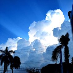 It's a beautiful Monday morning here in South Florida! #love #bocaraton #sunrise #clouds #bocamag