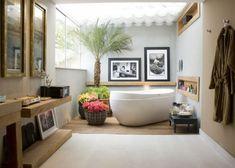 exotisch palmen badewanne bad holz  fenster