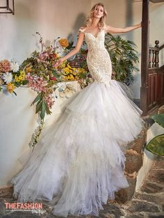 Wedding Gown Guide: Mermaid Rigid Construction | The FashionBrides