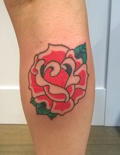 red rose oldschool tattoo