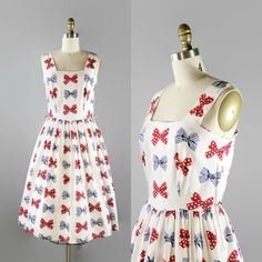 MEMORIAL DAY SALE 1950s Bow Print Dress / 50s by FoxburrowVintage
