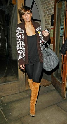 Frankie - The Saturdays. love her hair and outfit! Frankie Sandford, Celebrity Look, Autumn Winter Fashion, Fall Fashion, Star Fashion, Everyday Fashion, Beautiful Outfits, Winter Outfits, Street Style