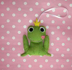 Felt frog prince ornament - plush toy