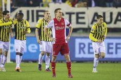 Niklas Moisander neemt zondag na de wedstrijd tegen SC Cambuur afscheid van het Ajax-publiek. De Fin speelde drie seizoenen voor Ajax, werd twee keer kampioen en won één keer de Johan Cruijff Schaal.