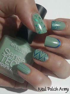 Sea Foam Green and Blue Nails Get Nails, Hair And Nails, Nice Nails, Mani Pedi, Manicure And Pedicure, Pedicures, Deborah Milano, Nail Colors, Color Nails