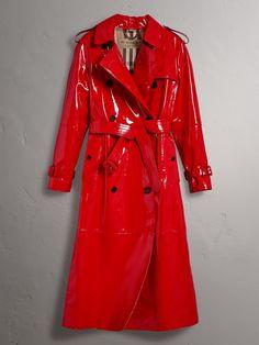 Raglan-sleeve Patent Lambskin Trench Coat in Parade Red - Women Patent Trench Coats, Red Trench Coat, Trench Coat Outfit, Girls Raincoat, Raincoat Outfit, Pvc Raincoat, Ropa Louis Vuitton, Langer Mantel, Raincoats For Women