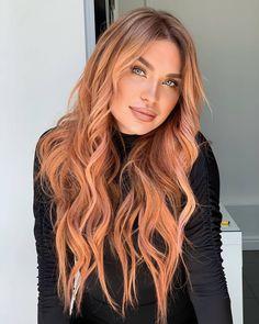 Beige Hair, Brown Blonde Hair, Blonde Honey, Peach Hair Colors, Coral Hair Color, Ginger Hair Color, Color Rubio, Gorgeous Hair Color, Hair Color Techniques