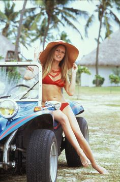 Brigitte Bardot -With a Manx fiberglass bodied Dune Buggy built using a VW chassis and engine. These were very popular back in the late sixties and early seventies . I drove one that belonged to a friend. Brigitte Bardot, Bridget Bardot, E30, Bmw E21, Vw Beach, Beach Buggy, Beach Cars, Miami Beach, Volkswagen