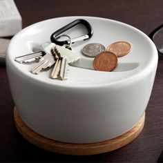 key-and-coin holder