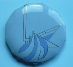 ART DECO BLUE AND SILVER ENAMELLED POWDER COMPACT