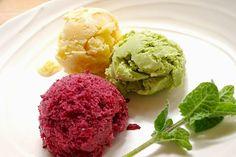 Green tea&Vanila&Blueberry jelato (Green tea powder, soya milk,sugar,cornstarch) ( Milk,sugar,lemon,vanilla beans,cornstarch) (Blueberry, egg york,sugar)