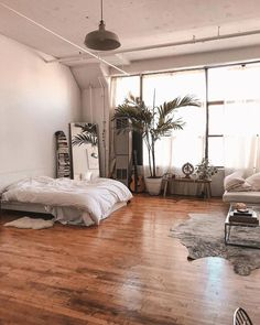 Zimmer room inspo Benefits Of A Heated Driveway For Residential Use Article Body: A heated driveway Uo Home, Sweet Home, Home Decor Bedroom, Design Bedroom, Decor Room, Bedroom Ideas, Master Bedroom, Bedroom Loft, Loft Bathroom