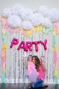 Are you planning a unicorn birthday party for your little one? Here are 14 simply stunning ways to make your unicorn party extra special. Unicorn Birthday Parties, 1st Birthday Parties, Birthday Ideas, 6th Birthday Cakes For Girls, Rainbow Unicorn Party, Birthday Balloons, Bday Girl, Backdrops For Parties, Party Time