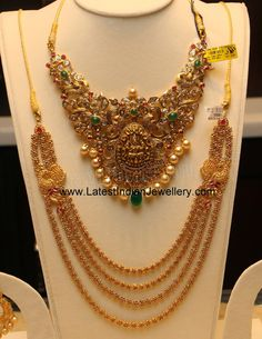 Nakshi work antique gold choker necklace, uncut diamond and ruby step haram. The peacock, Lakshmi and floral design bridal gold necklace with polki diamonds manepally Gold Jewellery Design, Gold Jewelry, Antique Jewelry, Short Necklace, Gold Necklace, Uncut Diamond, Schmuck Design, Simple Jewelry, Jewelry Patterns