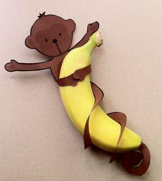 Kindertraktaties: Free printable aapje met staart om banaan