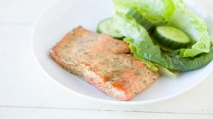 Hot days and lakeside vacations call for patio-friendly fare. Here are some summer recipes to get you started. Easy Salmon Recipes, Quick Dinner Recipes, Summer Recipes, Easy Recipes, Epicure Recipes, Seafood Recipes, Healthy Recipes, Honey Mustard Salmon, Lemon Salmon