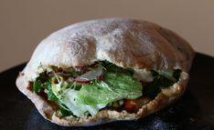 pita3 Salmon Burgers, Ethnic Recipes, Food, Bakken, Essen, Meals, Yemek, Eten