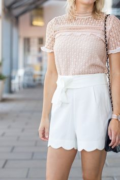 43902e60519 What To Wear With Dressy White Shorts