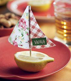 Em encontros movidos a petiscos, o lugar pode ser indicado num barquinho de limão-siciliano