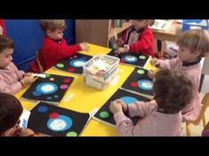 Crear un Cuadro al Estilo de Kandinsky - Para Niños de Infantil - YouTube Kandinsky, Colegio Hispano, Yayoi Kusama, Crafts For Kids, Arts And Crafts, Joan Miro, Poker Table, Preschool Activities, Youtube