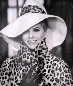 """Martha Hyer - She was so lovely and was so overlooked as an actress. Watch her in """"Some Came Running"""" -- terrific! Old Hollywood Style, Old Hollywood Glamour, Vintage Outfits, Vintage Fashion, Vintage Clothing, Leopard Fashion, Black And White Design, American Actress, Fashion Beauty"""