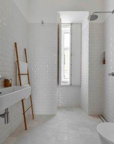 Bagno piastrelle bianche con fughe nere bagni - Piastrelle diamantate bagno ...