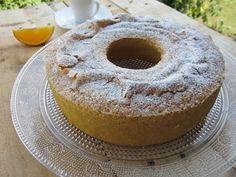 Una pincelada en la cocina: bizcocho tradicional de naranja y almendra
