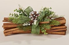 Natural Cinnamon Bundle with Faux Greens, Wintergreen Bow and White Tipped PineconeMini Star Pinecone Ornaments - Pine cone crafts - Hybrid ElektronikeMini Star Pinecone Ornaments - Pine cone crafts - Noel Christmas, Country Christmas, All Things Christmas, Christmas Wreaths, Christmas Ornaments, Christmas Arrangements, Christmas Centerpieces, Xmas Decorations, Christmas Projects