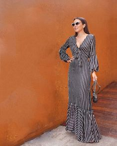 African Fashion Dresses, African Dress, Fashion Outfits, Elegant Dresses, Beautiful Dresses, Casual Dresses, Homecoming Dresses Tight, Designs For Dresses, Maxi Robes