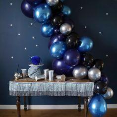 Star Wars Balloons, Galaxy Balloons, Black Balloons, Second Birthday Ideas, Adult Birthday Party, Blue Birthday, Balloon Decorations Party, Balloon Garland, Birthday Party Decorations