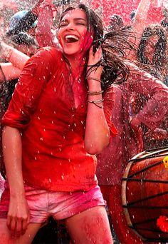 Deepika Padukone in Yeh Jawaani Hai Deewani #Bollywood #Fashion
