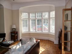 Blinds For Windows Living Rooms, Bay Window Living Room, Bedroom Blinds, House Blinds, Bedroom Shutters, Wooden Window Shutters, Bay Window Curtains, Shutters For Bay Windows, Wooden Shutter Blinds