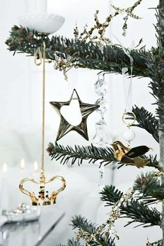 decoration noel arbre blanc verre design moderne
