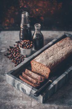 glutenfri kavring med smak av kaffe Gluten Free Baking, Bread, Desserts, Kaffe, Glutenfree, Christmas, Cold, Tailgate Desserts, Gluten Free
