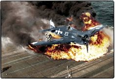 'Hellcat' Nº 23 flown by Ens. Ives crash lands on the USS Lexington, Feb. (Ives survived the crash but died in a dogfight in May Ww2 Aircraft, Aircraft Carrier, Military Aircraft, Navy Aircraft, Aircraft Pictures, Grumman F6f Hellcat, Uss Lexington, Ww2 Planes, Aviation Art