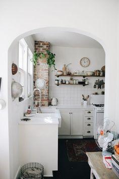 Inside the Nashville Home of an Airbnb Instagram Star @bikinidotcom