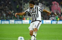 """Khedira no jugará contra Mönchengladbach - El centrocampista alemán Sami Khedira, del Juventus Turín, no sufre lesión muscular, sino una """"pequeña sobrecarga"""", pero no estará """"por pre..."""