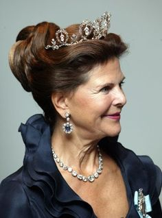 Queen Silvia (Silvia Renate Sommerlath) (23 Dec 1943-living2015) Germany-Sweden, wife of King Carl XVI Gustaf (Carl Gustaf Folke Hubertus) (30 Apr 1946-living2015) Sweden, wearing the Connaught Tiara of Princess Margaret (1882-1920) Duchess of Connaught, UK, the Crown Princess of Sweden as the 1st wife of the future King Gustaf VI Adolf (1882-1973).