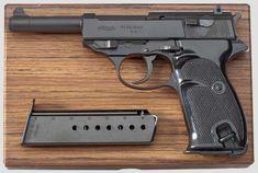 Hk P7, Submachine Gun, War Dogs, Military Surplus, Survival Equipment, Cool Guns, Guns And Ammo, Shtf, Rifles