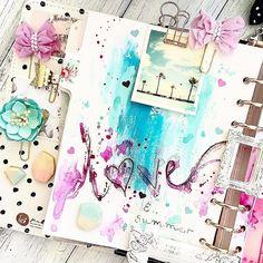 #Repost @staceyyoung81 ・・・ Closeup....just a little watercolour and painting in @myprimaplanner It is love month after all #myprimaplanner #plannerlove #planneraccessories #watercolour #pretties #staceysplanner #mpp #planner #plannerlove