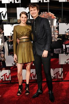 Pin for Later: Hollywood Hits the MTV Movie Awards Red Carpet Shailene Woodley and Ansel Elgort