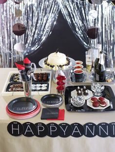 Elegant Dessert table idea.  This party pattern is suitable for many occasions!