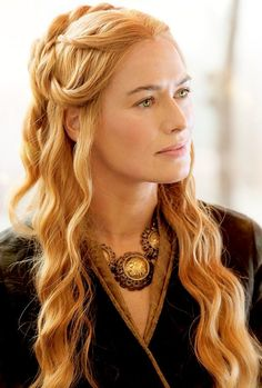 Cersei Lannister ( Lena Headey ) on Game of ThronesYou can find Lena headey and more on our website.Cersei Lannister ( Lena Headey ) on Game of Thrones Costumes Game Of Thrones, Game Of Thrones Cersei, Got Game Of Thrones, Game Of Thrones Characters, Lena Headey, Queen Cersei, Sansa Stark, Bran Stark, Sophie Turner